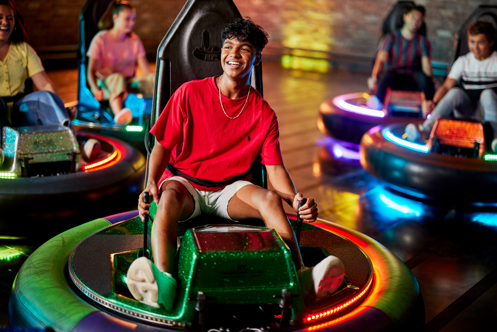 71220_ZoneBowling_BumperCars_JH_DAY2_0410B