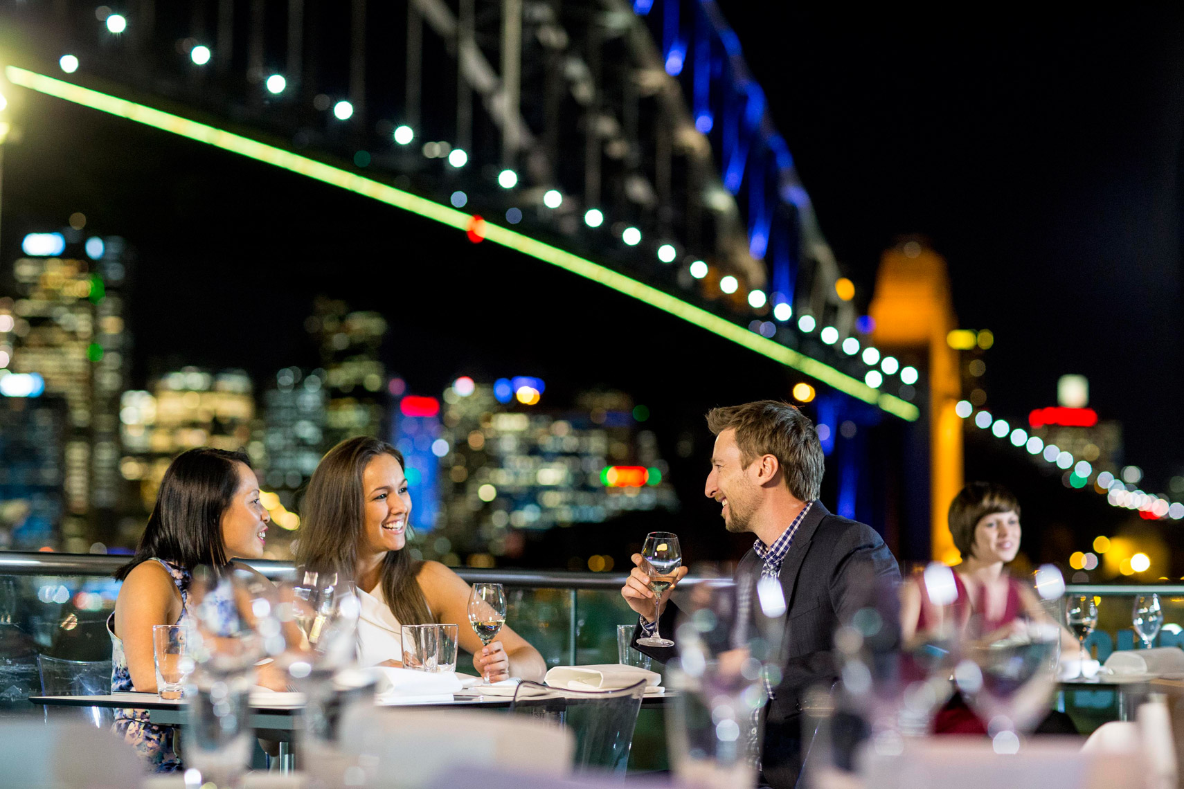 Vivid-Sydney-2014_Aqua-Dining_North-Sydney_James-Horan_DNSW_006