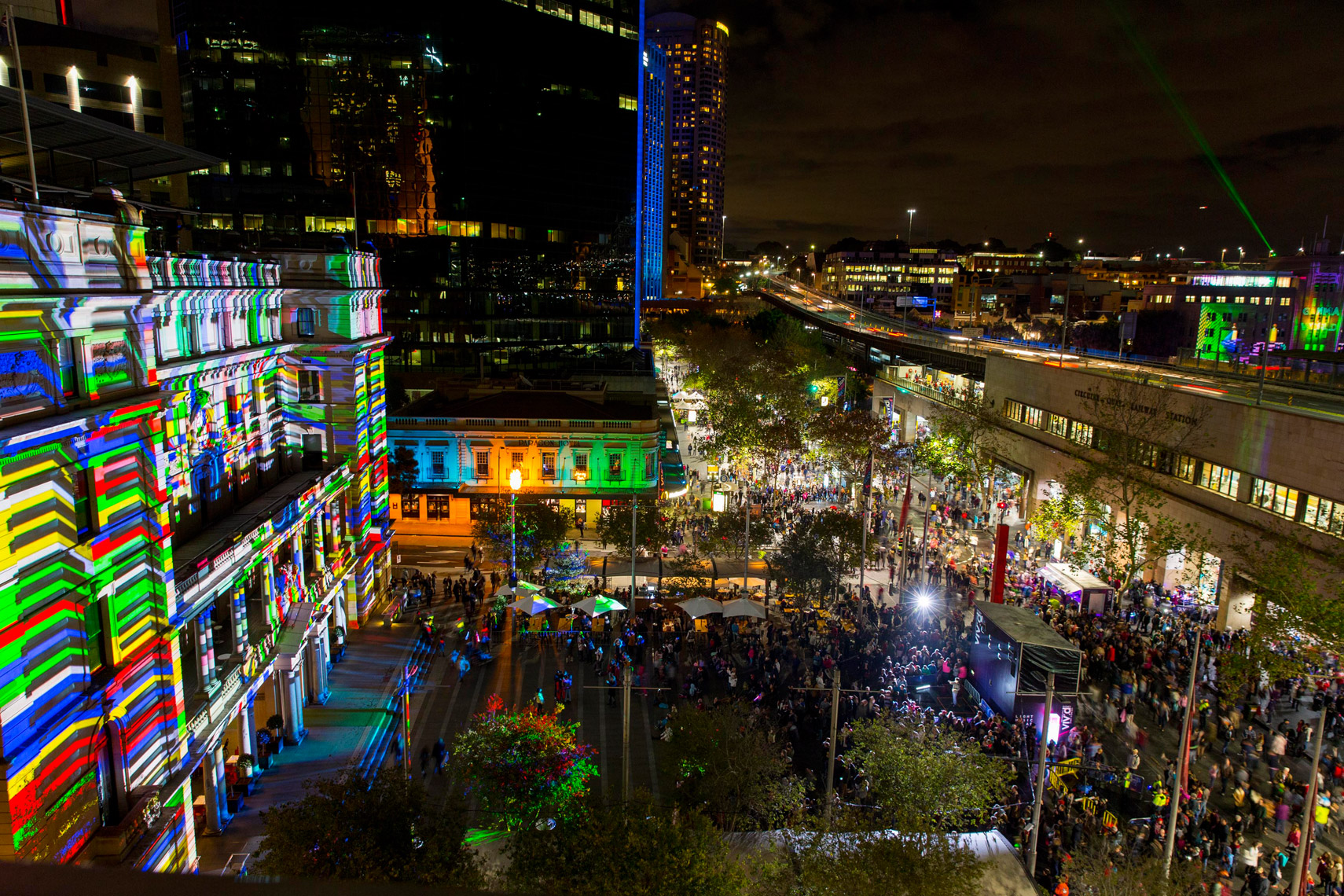 Vivid-Sydney-2014_Customs-House_From-AMP_James-Horan_DNSW-104
