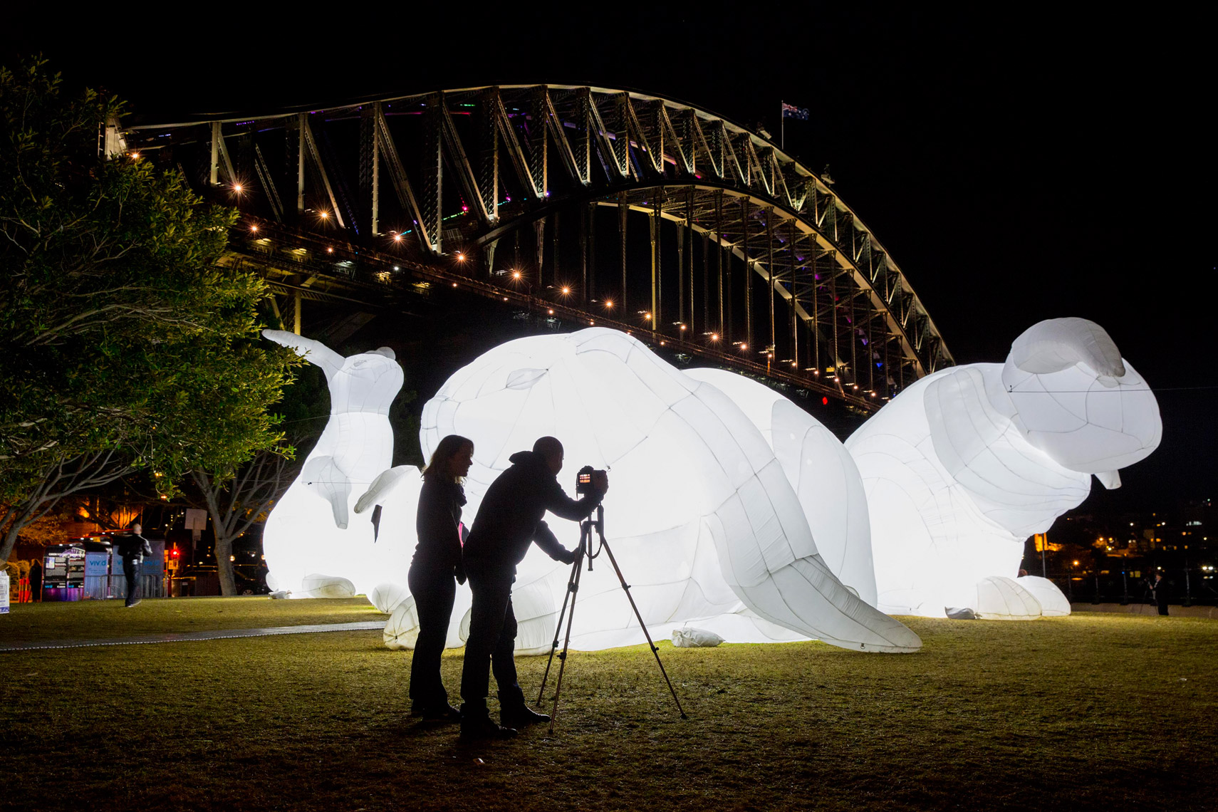 Vivid-Sydney-2014_Intrude_Dawes-Point_James-Horan_DNSW-071