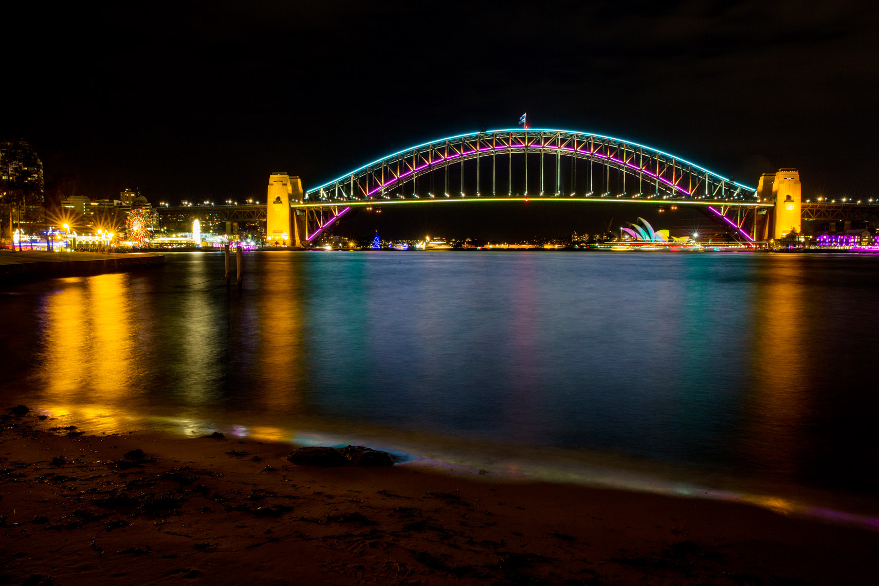Vivid-Sydney-2014_North-Sydney-Views_James-Horan_DNSW-007