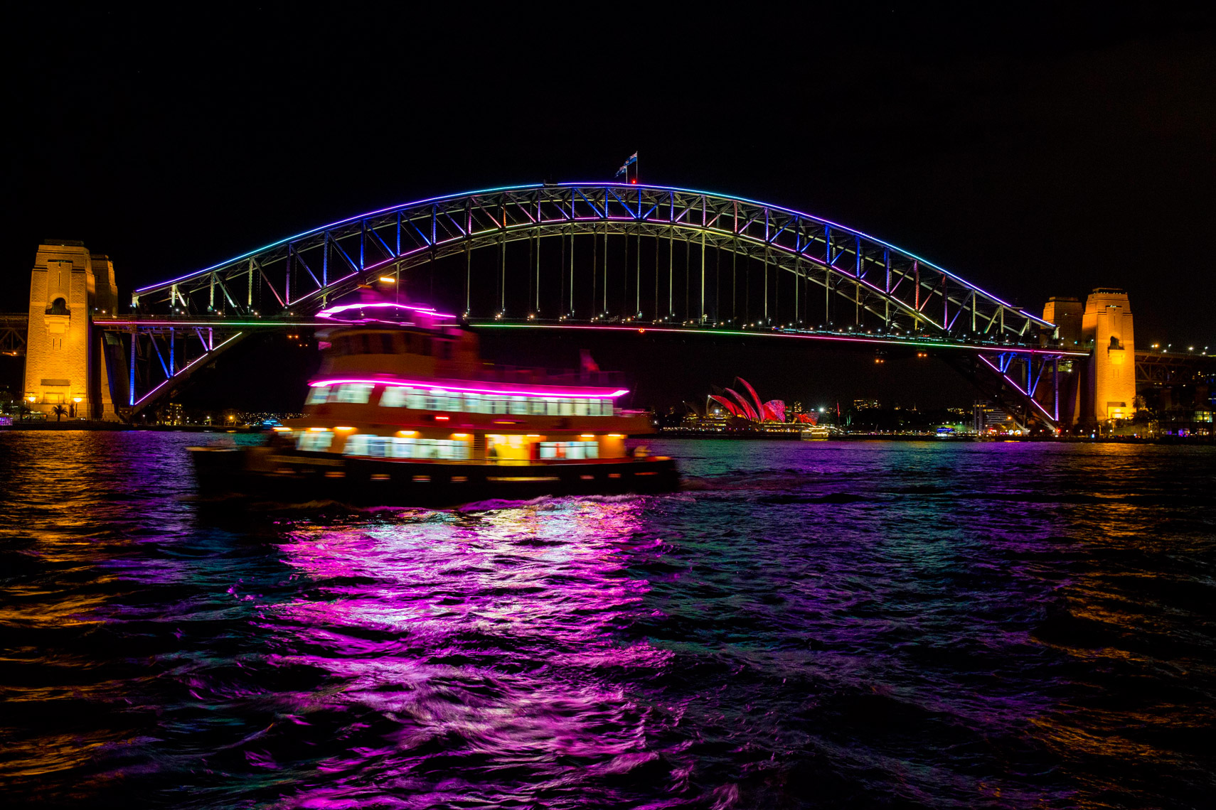 Vivid-Sydney-2014_North-Sydney-Views_James-Horan_DNSW-058