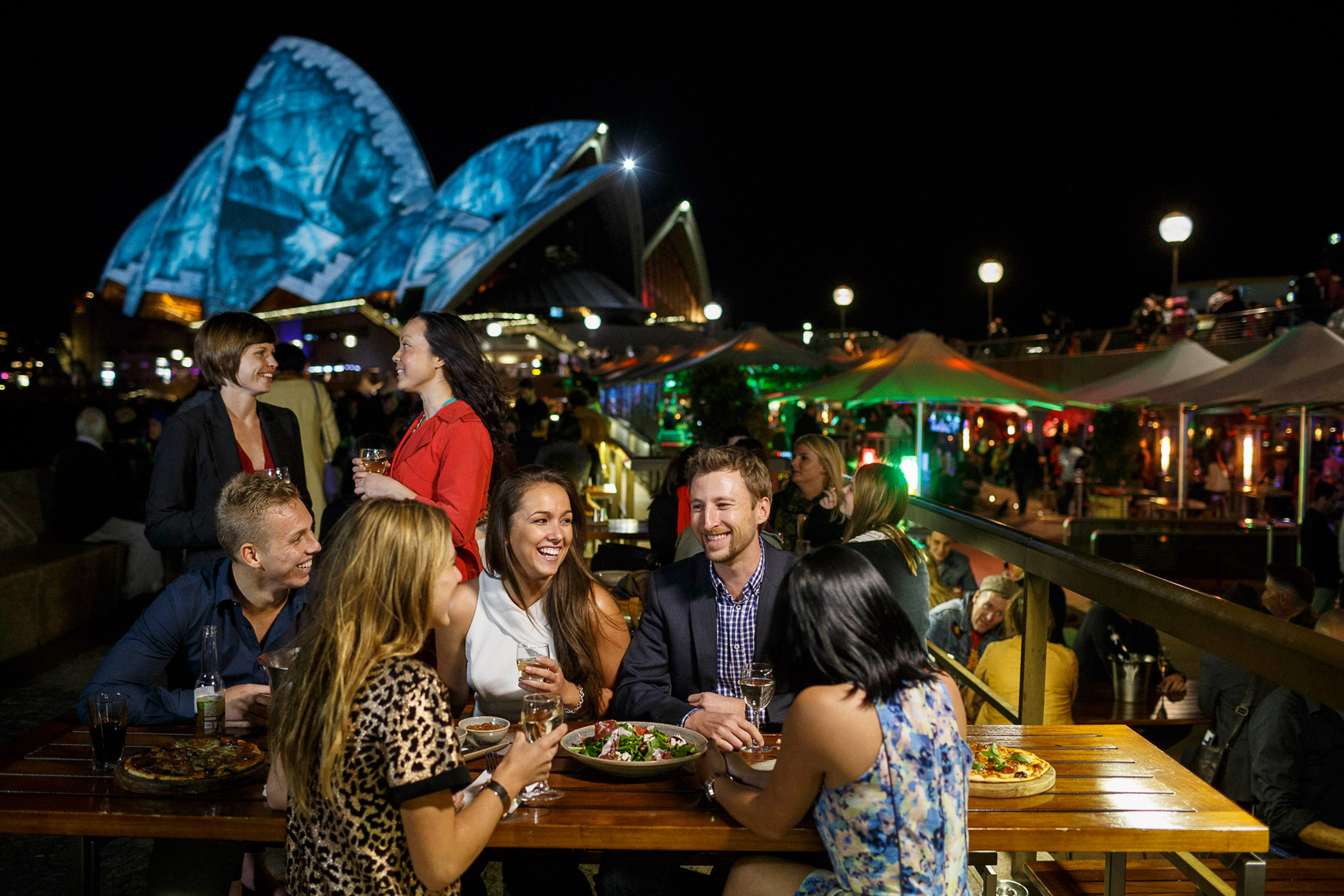 Vivid-Sydney_Opera-Bar_Sydney-Opera-House_James-Horan_DNSW 051